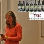 María José López de Heredia, de Bodegas R.López de Heredia, dirige la cata vertical de vinos tinto Viña Tondonia en la UEC-Unión Española de Catadores. Madrid, 11 de mayo de 2017