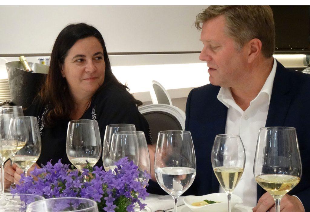 Mayte Santa Cecilia, directora de compras del grupo Bodega Santa Cecilia, con Francis Tribaut, presidente de Champagne Lallier.