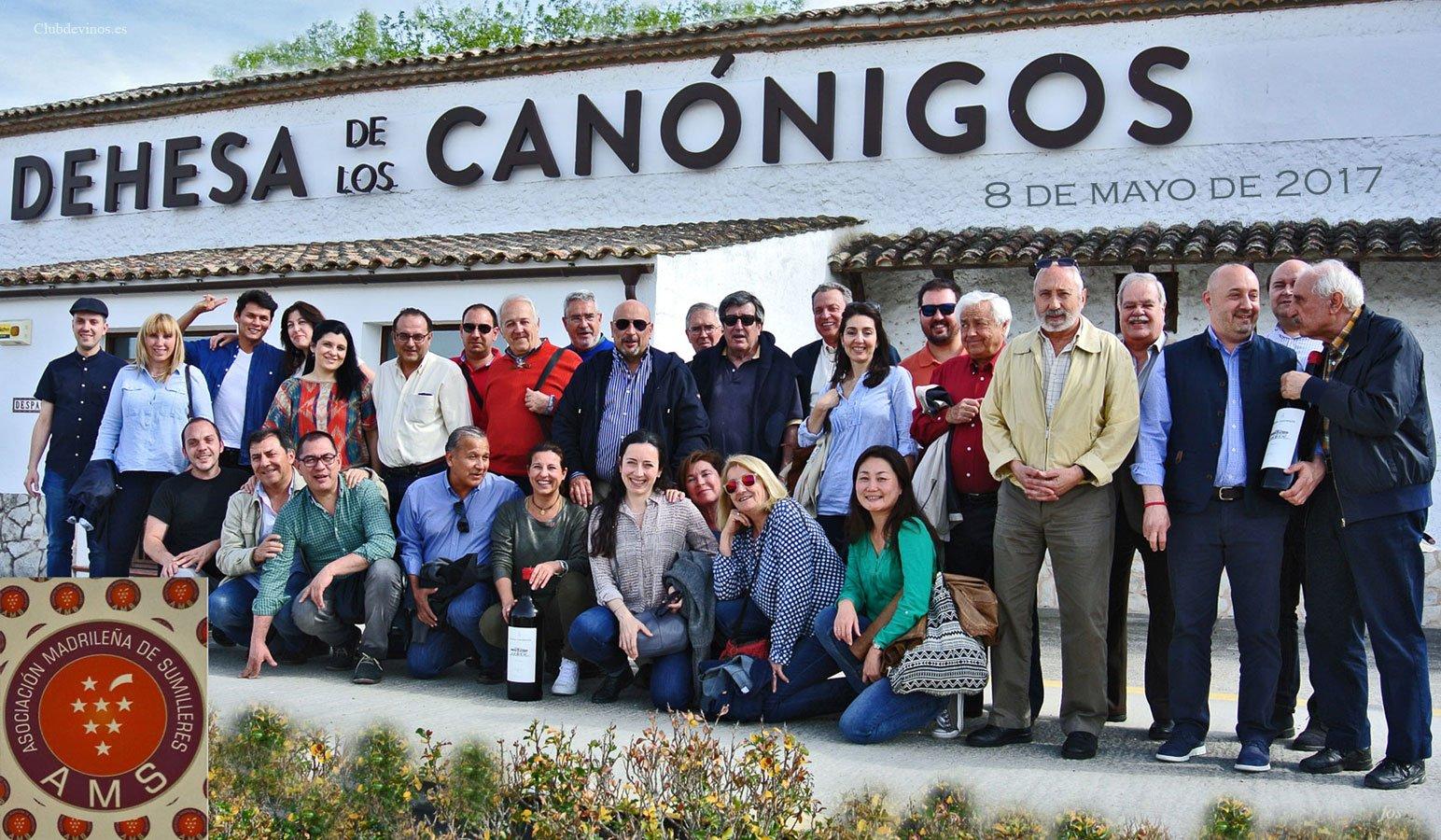 La AMS-Asociación Madrileña de Sumilleres, visita la bodega Dehesa de los Canónigos. Pesquera de Duero (Valladolid). Lunes, 8 de mayo de 2017.