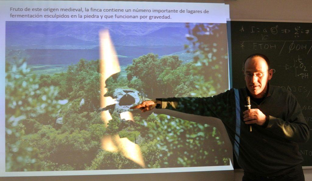 Raúl Bobet en las catas de la AMS, análisis de sus proyectos en Castell d´Encús (DO.Costers del Segre) y Ferrer Bobet (DOC.Priorato). Madrid, 19 de febrero de 2016