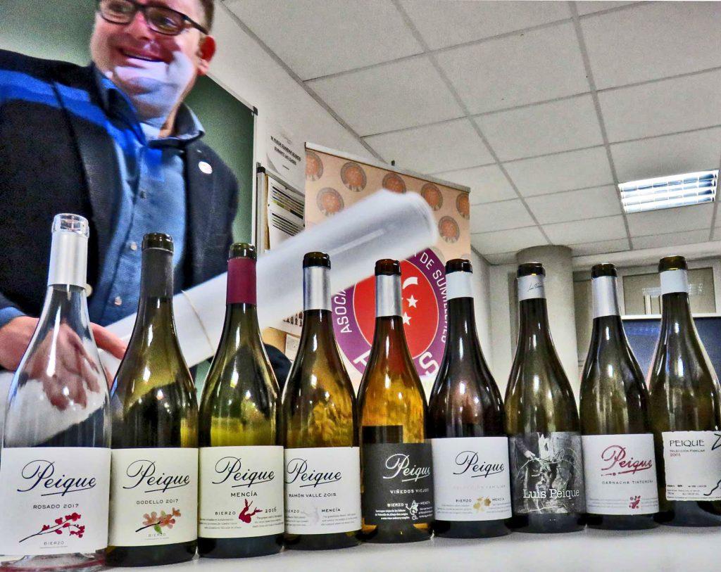 Cata de vinos PEIQUE Bodegas y Viñedos en la AMS-Asociación Madrileña de Sumilleres